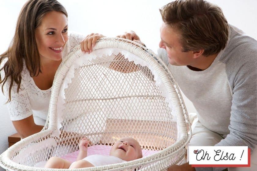 Bebé com 12 meses? 10 Dicas para uma boa rotina alimentar em família.